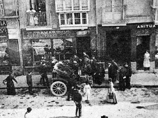 Primer coche de Explosión Vitoria-Gasteiz 1904